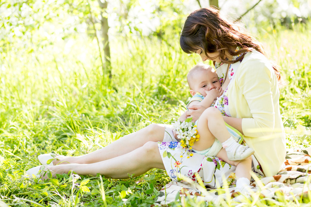breastfeeding-public.jpg