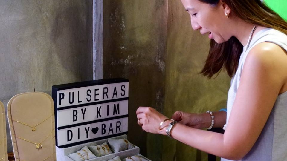 Pulseras by Kim offered handcrafted bracelets with personalized charms