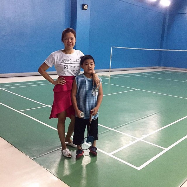 Jane takes his son to badminton practice before proceeding to the Mommy Mundo Mompreneur Meet Up