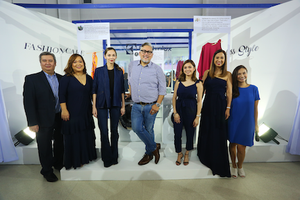 Electrolux representatives and FashionCare Ambassadors