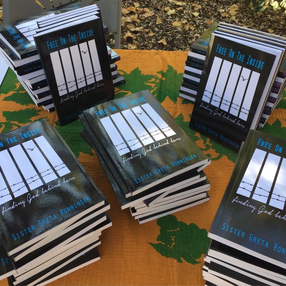 Books 960x960.JPG