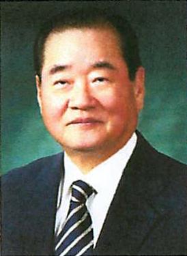 Jong Chan Lee.jpg