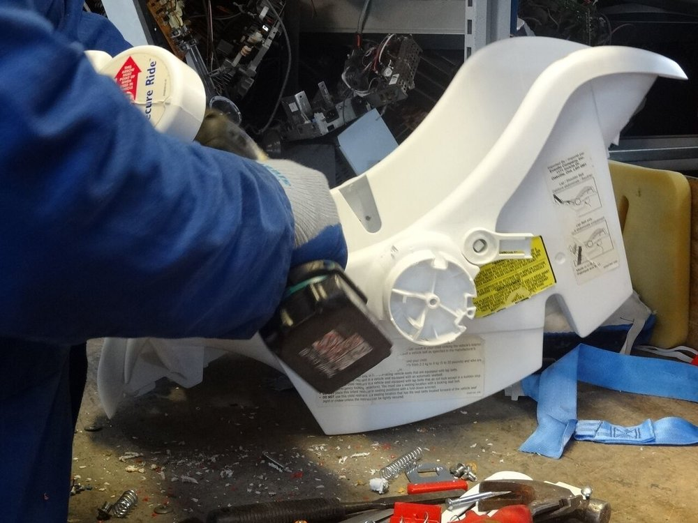 Dismantling car seats to separate materials for recycling_preview.jpeg