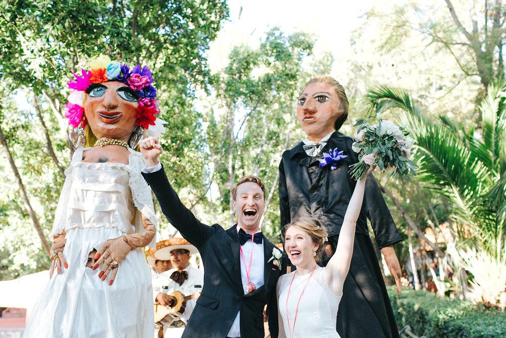 San Miguel de Allende callejoneada wedding parade