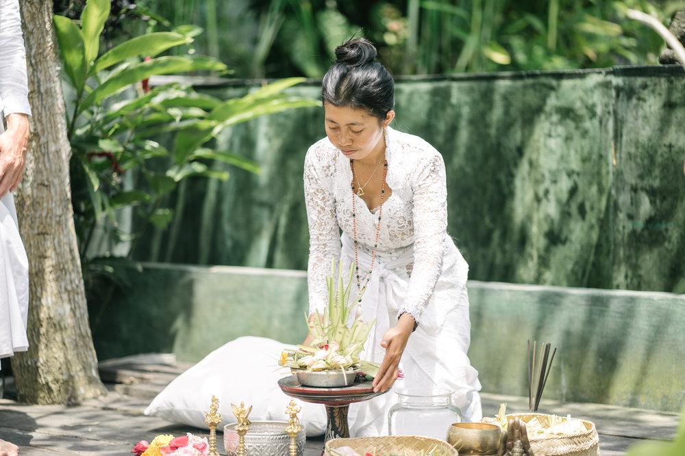 Ilse-Bos-yoga-Teacher-Retreats-Healing
