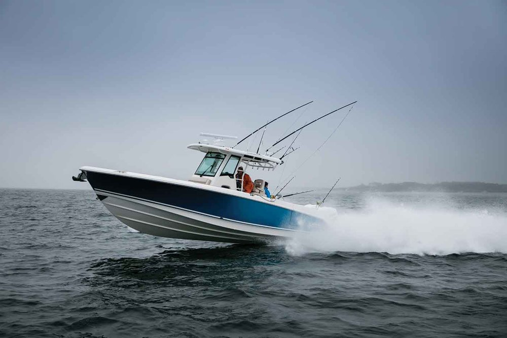 Boston-Whaler-330-Outrage-Gallery-8.jpg