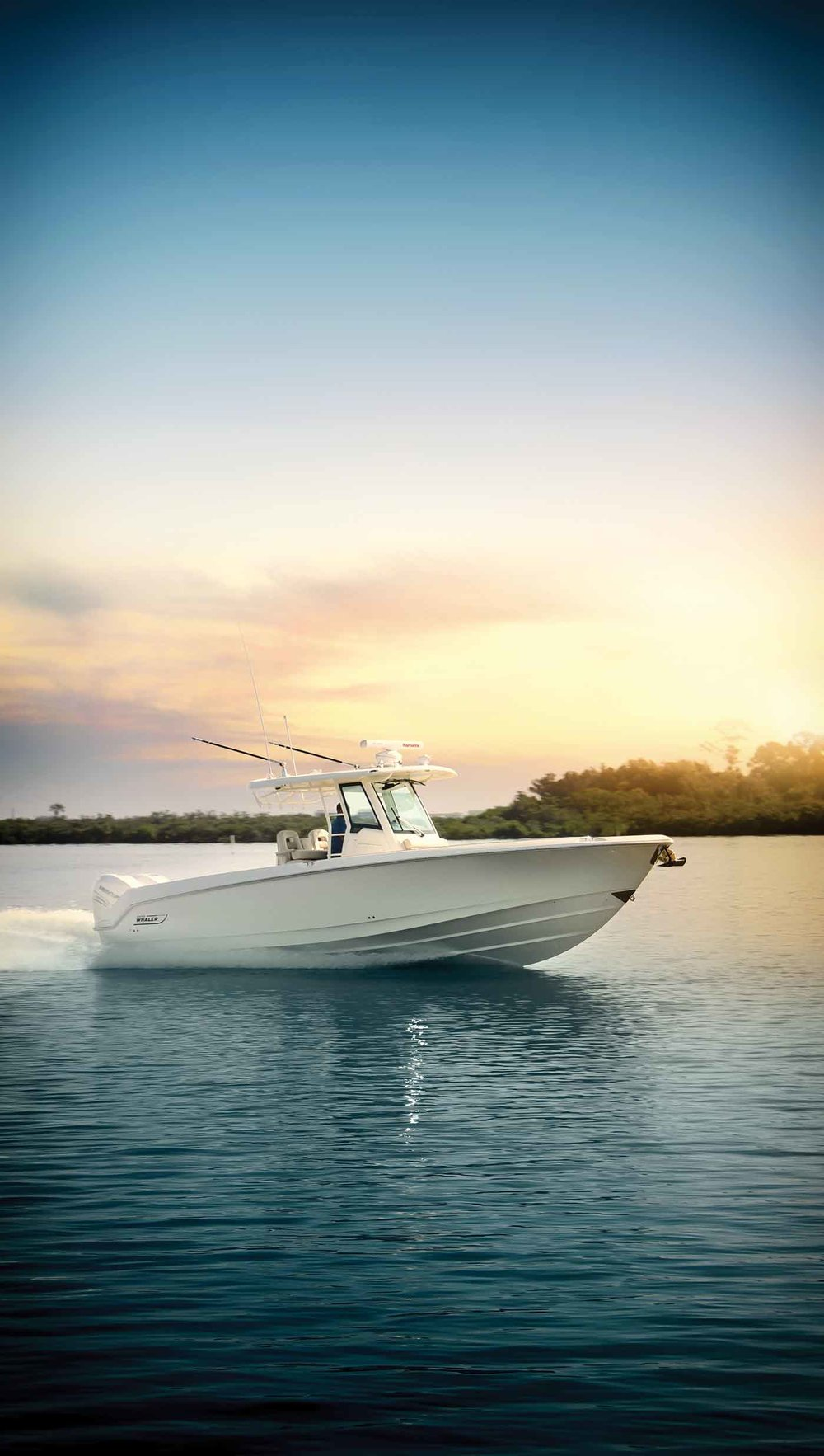 Boston-Whaler-330-Outrage-Gallery-11.jpg