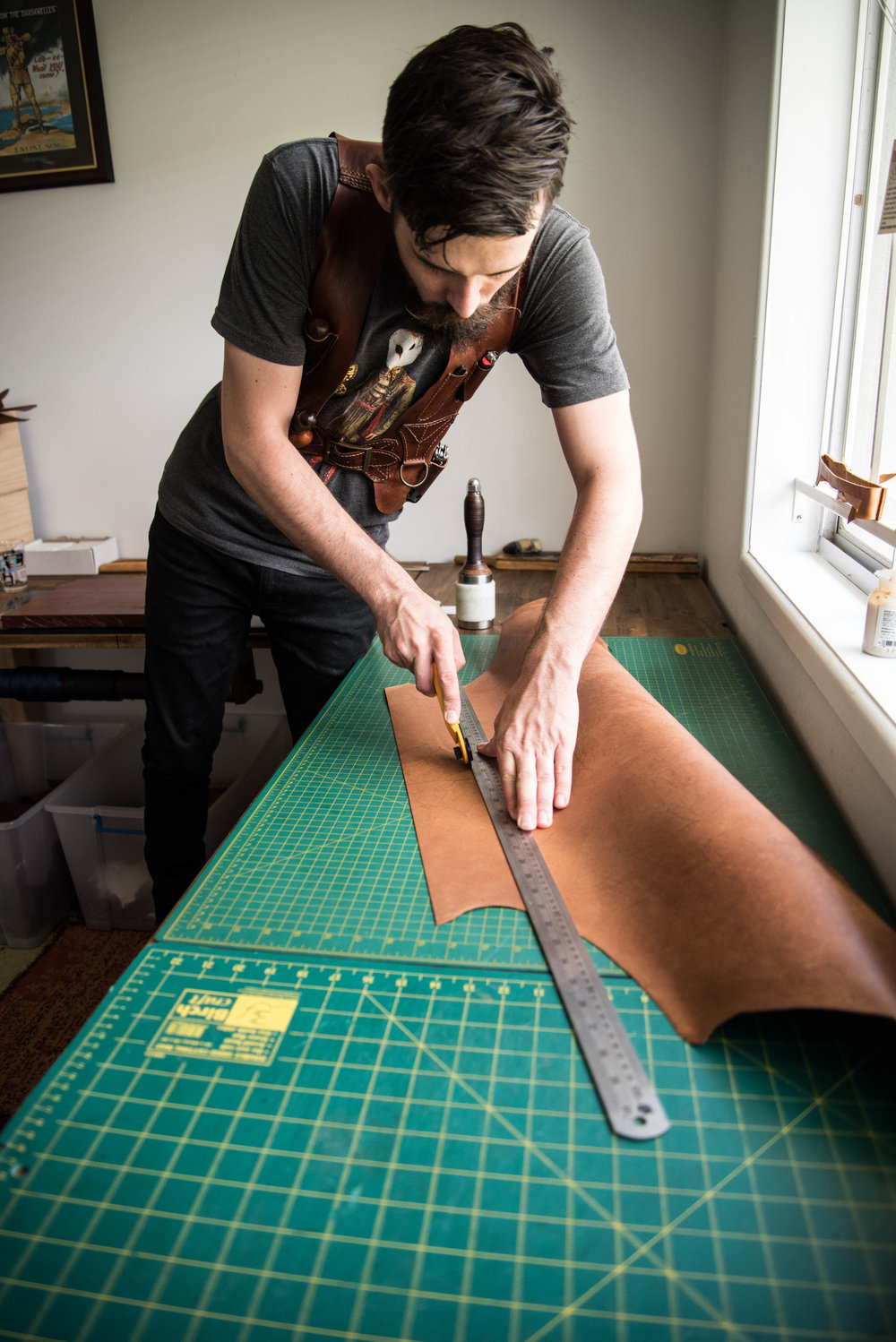 Chris Rose, Rose Leather Crafting, Kangaroo Leather, Rotary Cutter