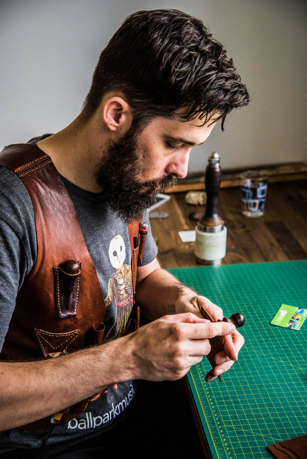 Chris Rose, Rose Leather Crafting,  edge slicker, leather wallet