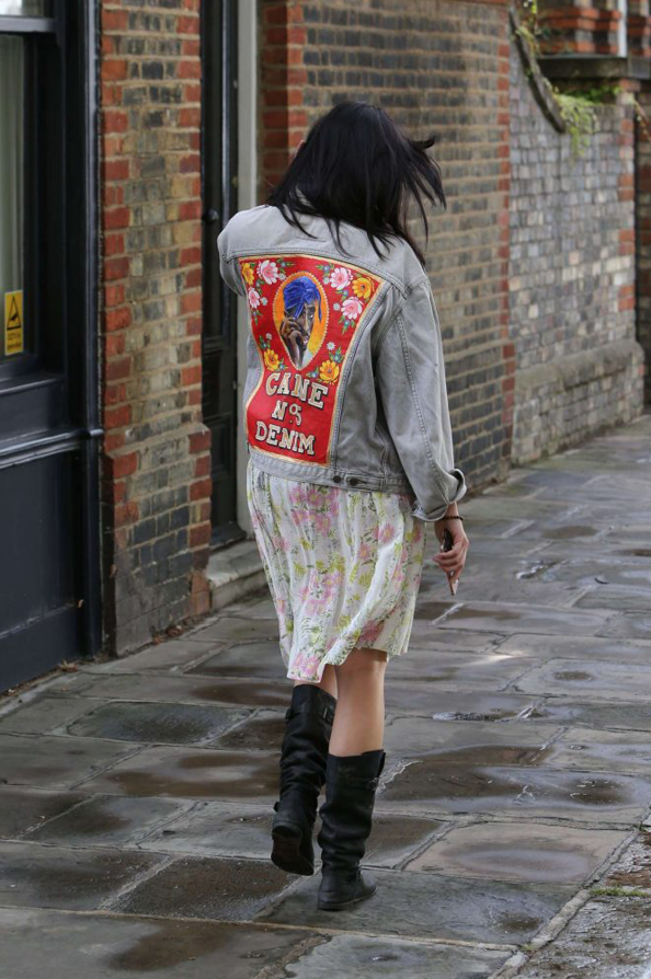 DAISY LOWE PAPPED IN CAINE LONDON NO.5 JACKET