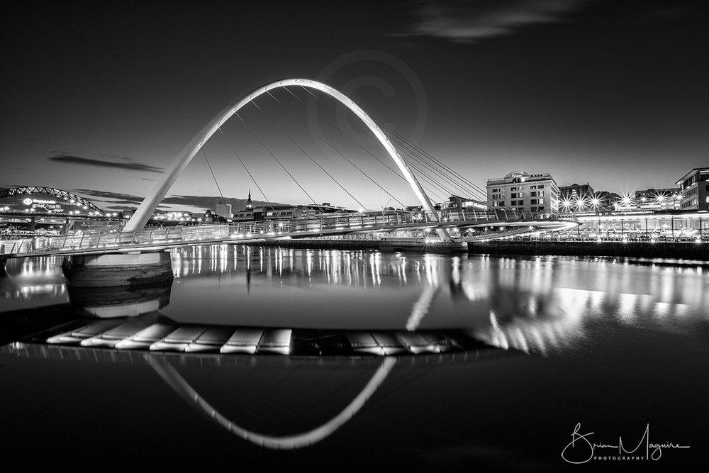 MON0013 Tyne by Night