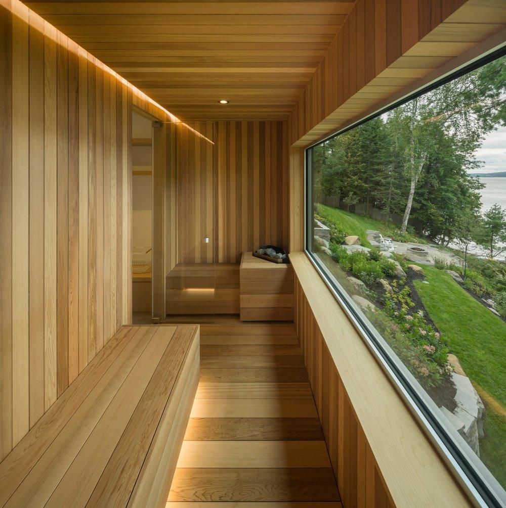 slender-house-mu-architecture-quebec-canada_dezeen_2364_col_18-1704x1712.jpg