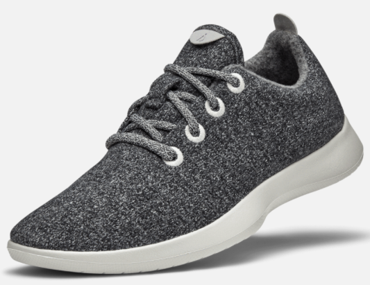 ALLBIRDS WOOL RUNNERS - I'm SO excited about these shoes! I first heard of Allbirds from my mom (I knew if she was in the know, they had to be awesome!) The wool material & compression feel keeps my feet snug and cozy.