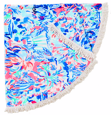 CIRCA ROUND BEACH TOWEL - Because circle is the new rectangle. Extremely cute for a poolside lounge.