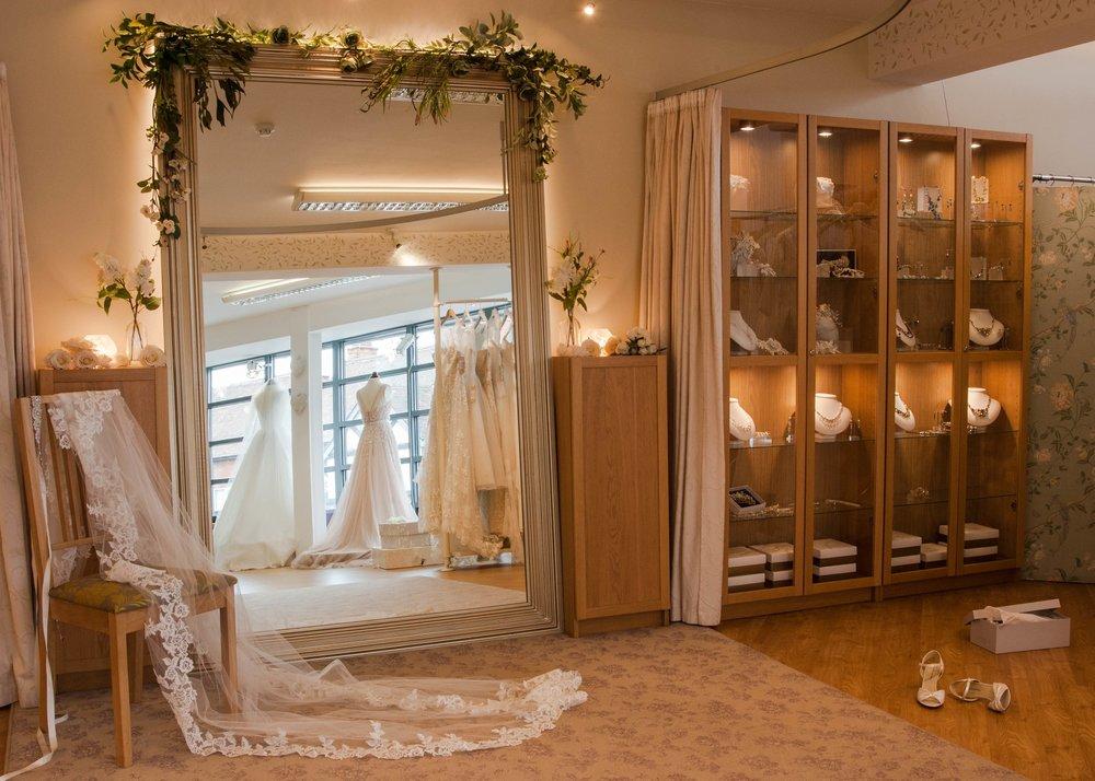 Shade Bridal -