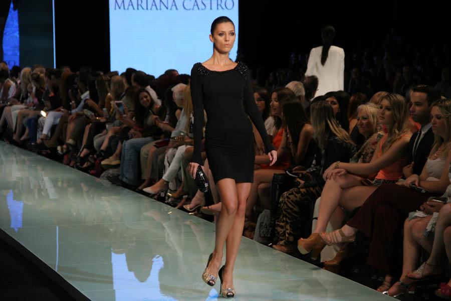Mariana Castro Runway Photos