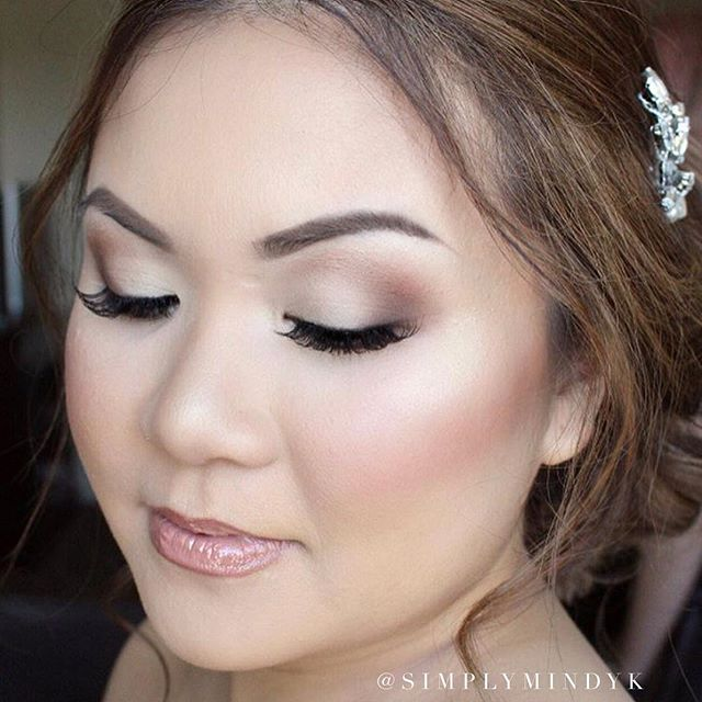 Love this fresh & clean bridal makeup look from last Spring! ✨✨✨
