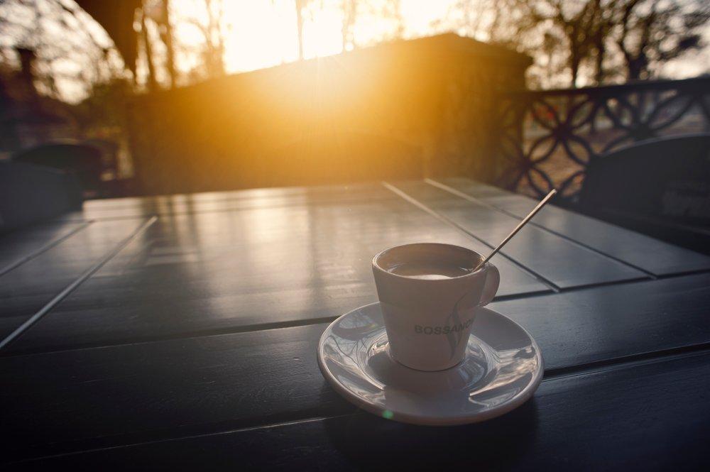 blur-caffeine-cappuccino-343425.jpg