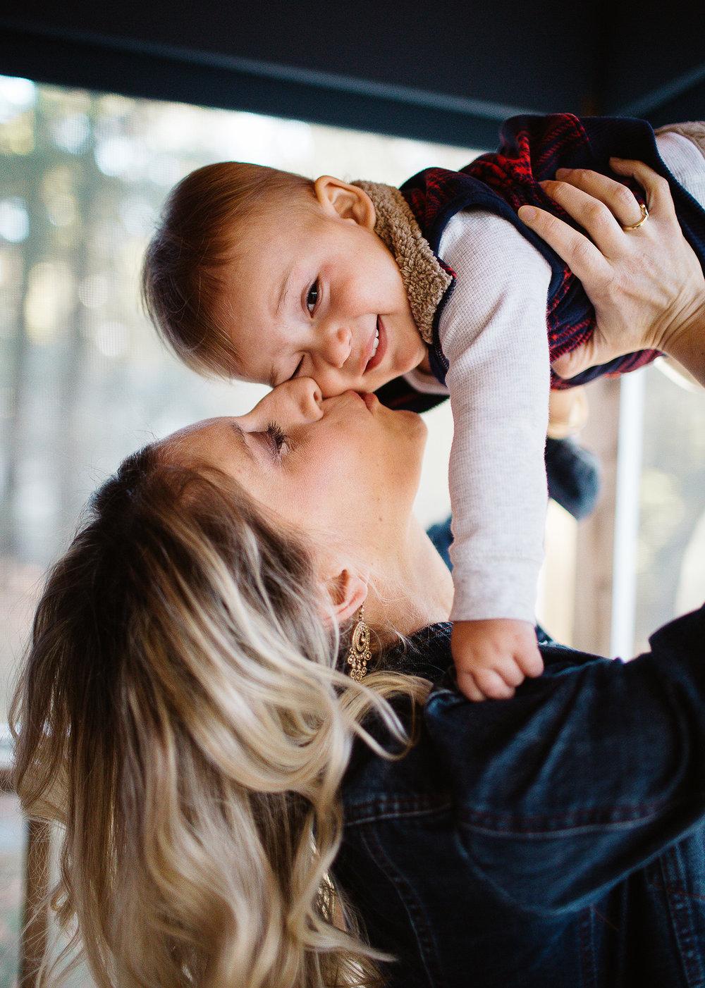 Greater Boston family photographer Joy Uyeno Sudbury mother and baby kiss