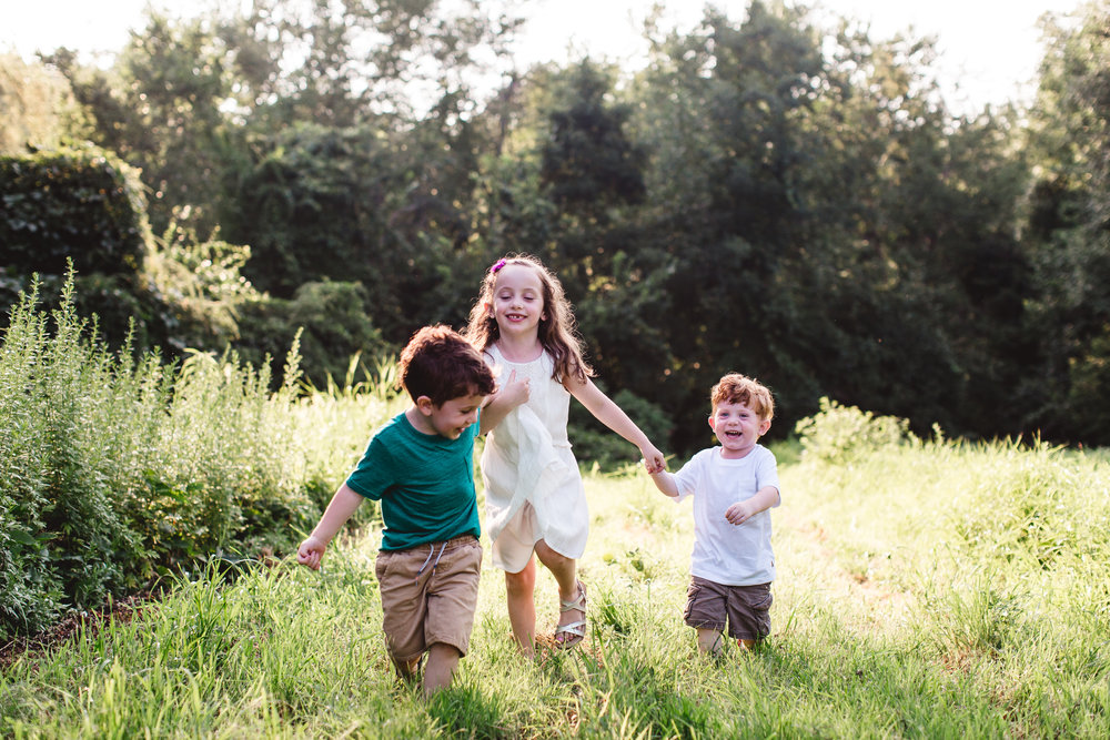 movement-kids-family-photography-metrowest-boston-behaving.jpg