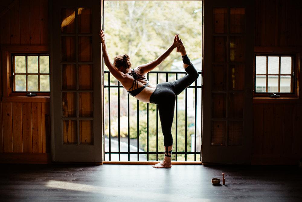 community-yoga-in-the-barn-boston-commercial-photographer.jpg
