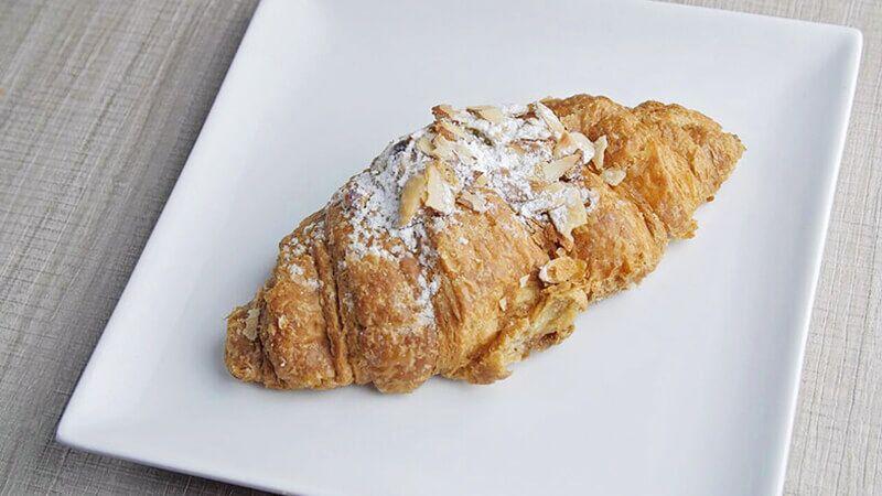 Almond-Croissant_preview.jpg