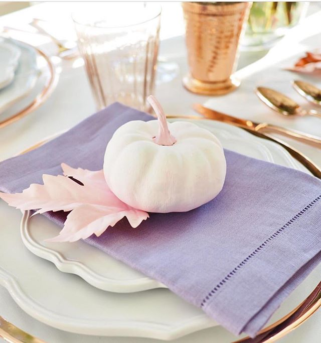 Beautiful Thanksgiving table inspo!