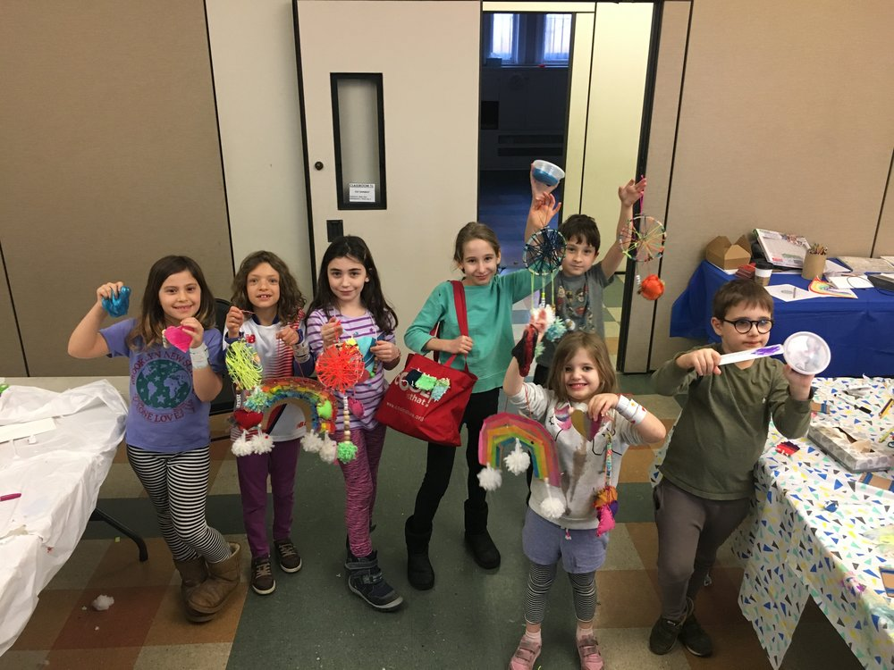 President's Week Camp - Join us Tuesday, February 20 - Friday, February 23 for four jam-packed days of winter crafting! Sign up for the full week or for individual days. Where? Kane Street Synagogue (236 Kane Street)When? 2/20 - 2/23, 9 am - 3 pm daily Who? Ages 5-11 How? To register, email BrooklynKidsCrafts@gmail.com