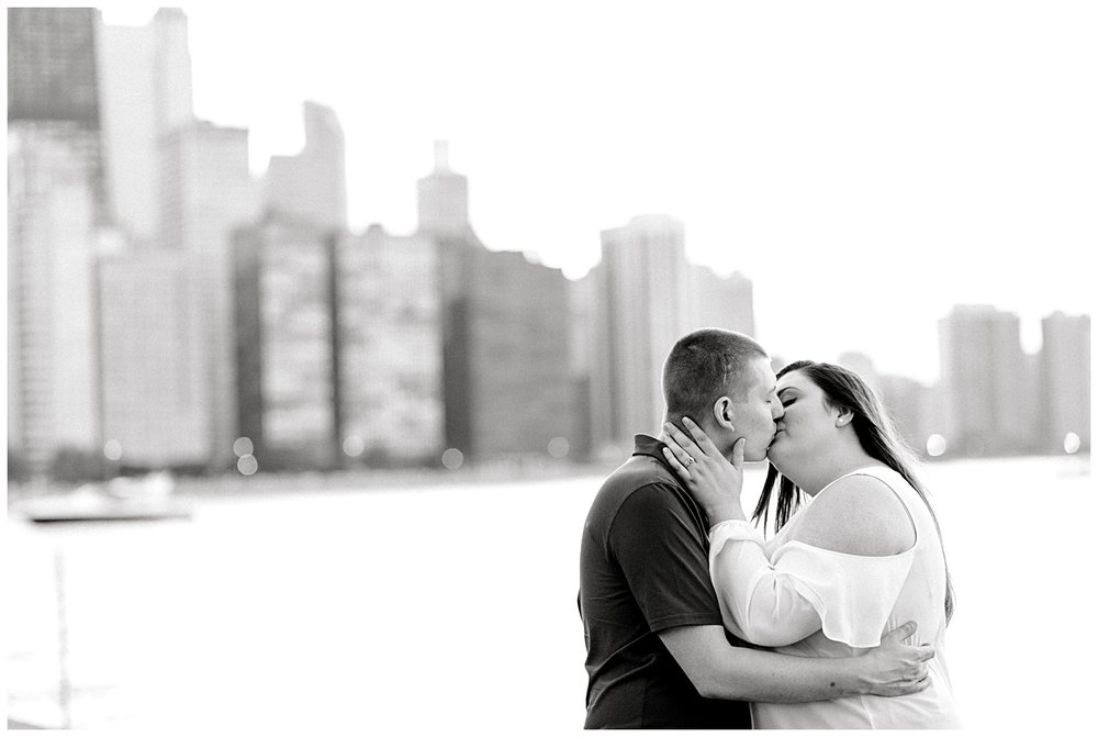 summer-miton-lee-olive-park-chicago-illinois-engagement-session-photo-8