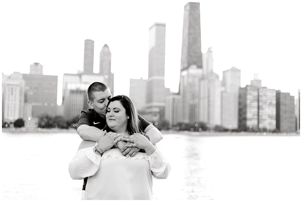 summer-miton-lee-olive-park-chicago-illinois-engagement-session-photo-12