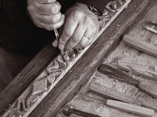 me carving7.jpg