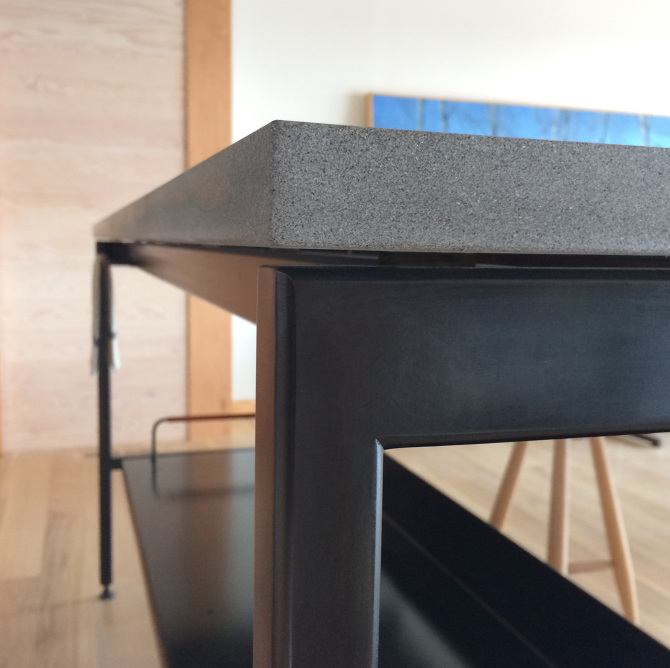 STEEL & STONE Kitchen Island