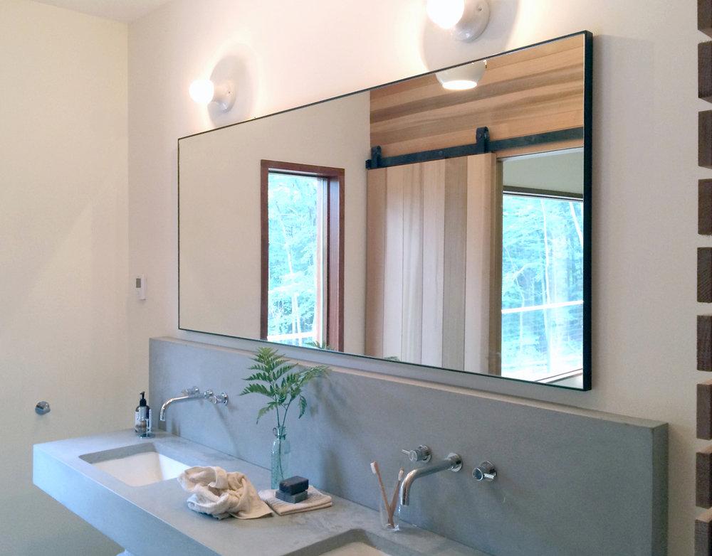 EXPANSE Vanity Mirror
