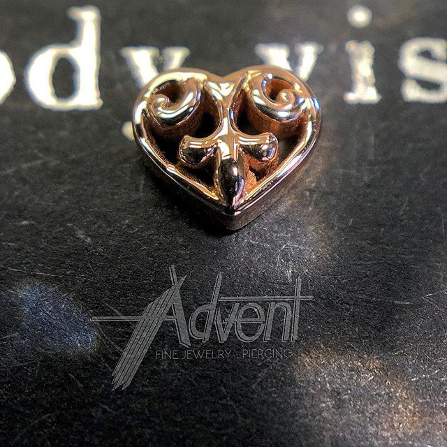 New! Solid 14k Rose Gold Filigree Heart from @bvla. 🧡 Also, we couldn't be more happy to have our homie @mods_by_zach in town again!  He's got the skills and he's  got your back with the Zach attack till Saturday night. ✨💢💫👋🏻✨ (Don't worry, he didn't even laugh when I relayed the corny Dad pun)