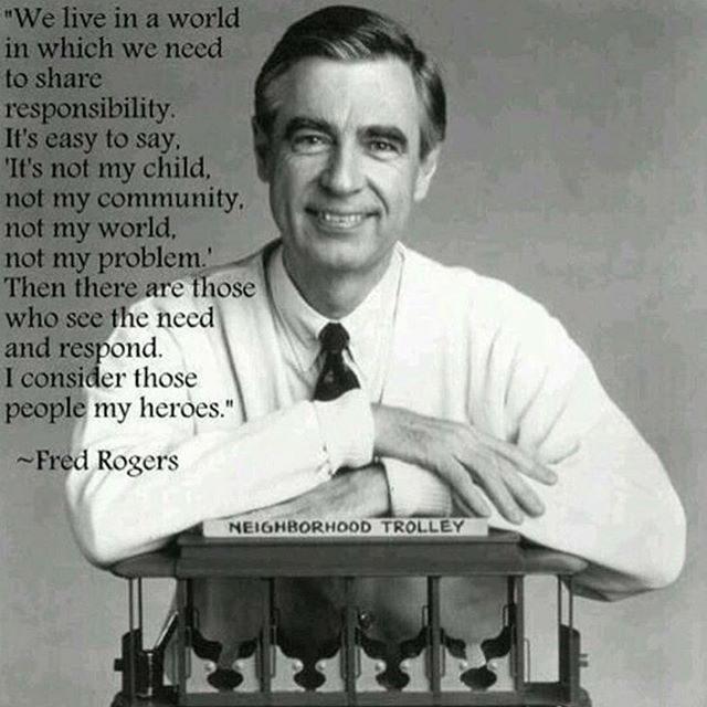 ❤️I saw the Mr. Rogers documentary this last weekend. I wish there was another to watch. I want more.  G'night insta-friends. 😚😴