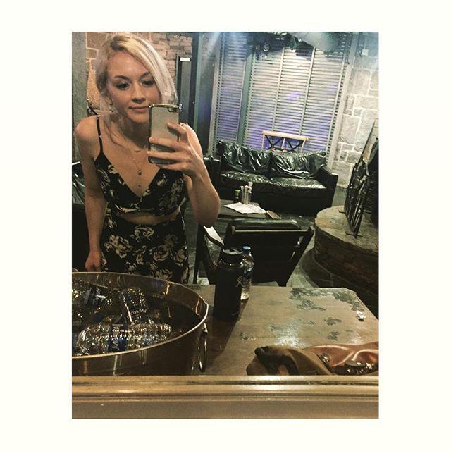 Green room selfie #sweetheartdeal #parktavern @thesweetheartdeal