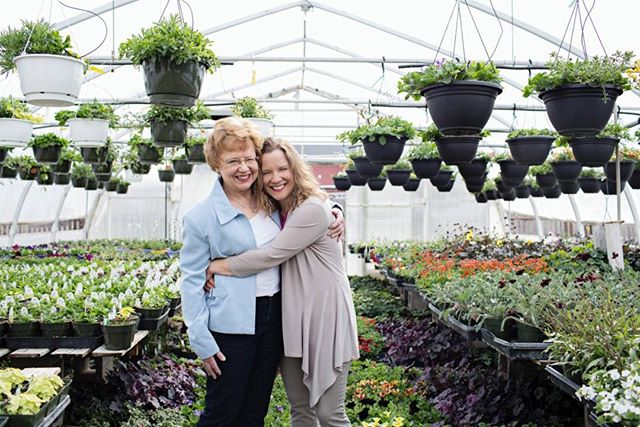EVENT ANNOUNCEMENT 🎉 - We're so excited to announce our first fundraiser April 8th, in partnership with @janet_pliszka of Visual Hues Photography as a beautiful tribute to her mother. Together we'll be hosting photo sessions at the gorgeous @Valesgreenhouse in Black Diamond where Janet's mother worked before she got sick. - You can read more about Janet's story and the inspiration behind this special event through the link in our bio! 🌻