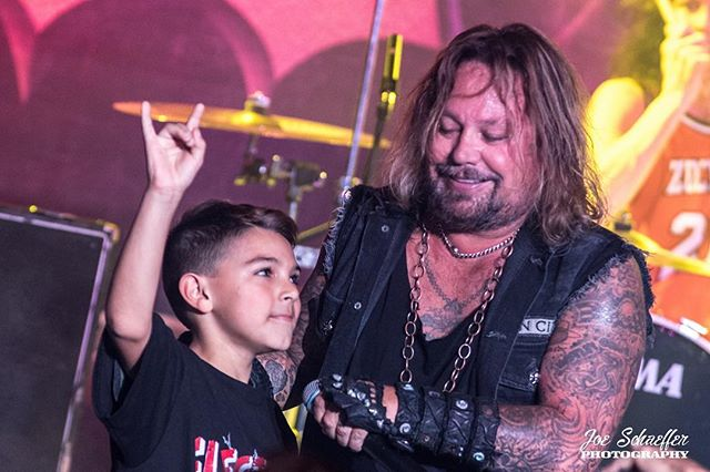 """Check out this awesome kid """"Ryder"""" sporting one of our very own Electric Hound shirts at the show last week with @thevinceneil  These are definitely the best kind of moments to us! 🤘 Photo: @joeschaefferphotography . . . #electrichound #thecanyonmontclair #vinceneil #motleycrue #newfans #merch #music #rocknroll"""