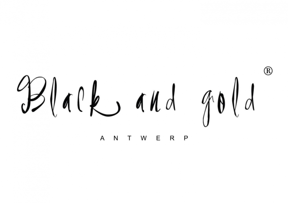 Black and Gold - This Belgian brand has a beautiful Mexican inspired style that they bring to you with the sweaters, t-shirts and beautiful accessories.