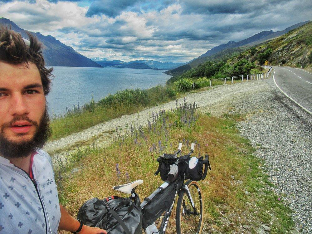 Along the edge of Lake Wakatipu, the final ride in NZ!