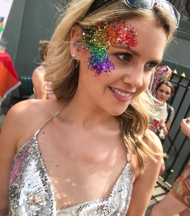 ✨💖This beauty requires no filter! 🌈😍 wearing our own bespoke mixed rainbow glitter at Brighton Pride  #pride🌈 #glitterdolls #model #glittermodel #cute #glitterdollsuk #brightonpride #rainbowglitter #brightonbaby #glitterfest #glitterbaby #followme #photooftheday #piciftheday #beautiful #blondebeauty #glittermad #faceglitter #bodyglitter #brightonbeauty