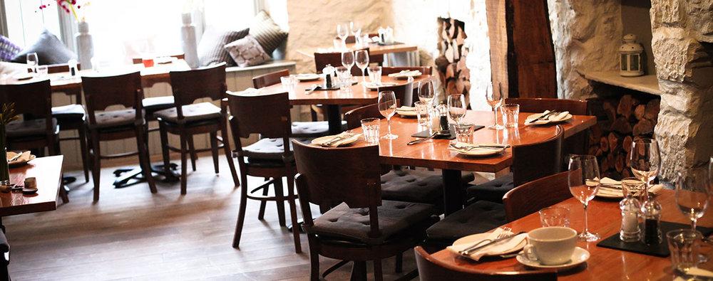 cwtch_restaurant_h17.jpg