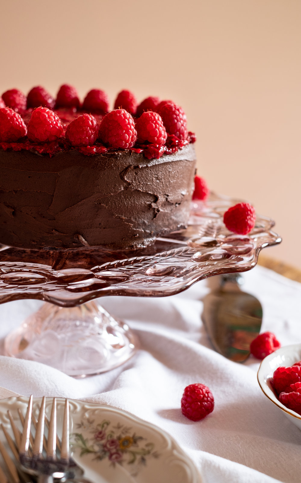 chocolate cake, grain- free, dairy- free, refined sugar- free
