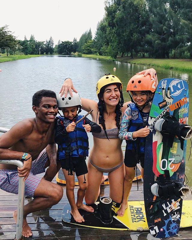 🏄‍♂️ Wakeboarding is fun activity for family 😁 Come & try it at @thai_wake_park 🏄‍♀️ We provide free teaching & equipment 👈 #thaiwakepark #twp #bestwakepark 📷 @leenstho_
