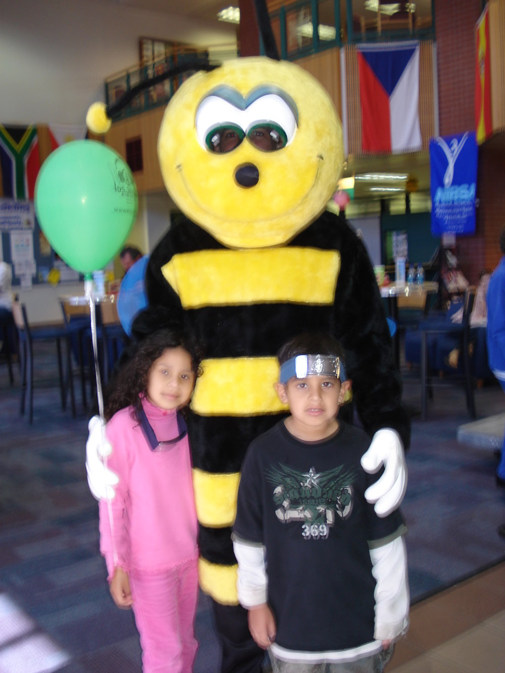 Buzz the Bee visits Lone Star College - Montgomery