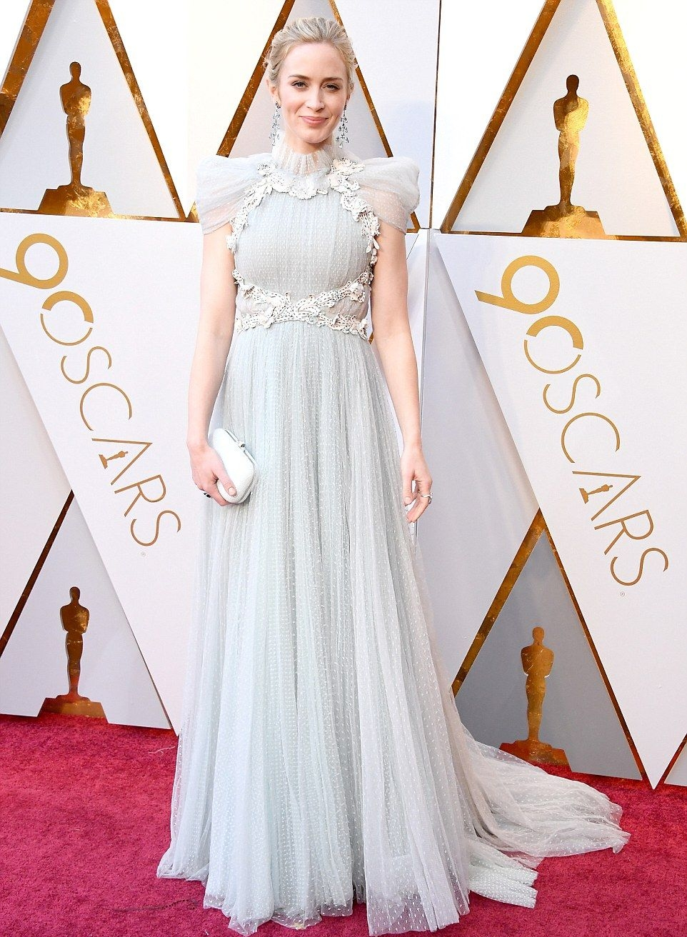 From Grass to Trousers, the Oscars Red Carpet was INSANE!! — Vic\'s ...