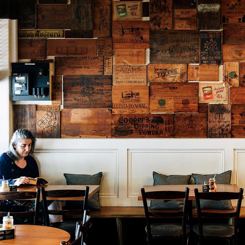 IMG-comfortable-restaurant-Lygon-Street.jpg