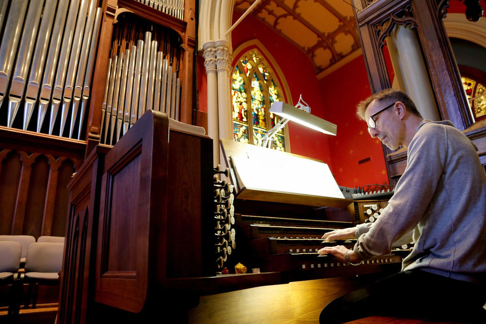 Albinas at the organ