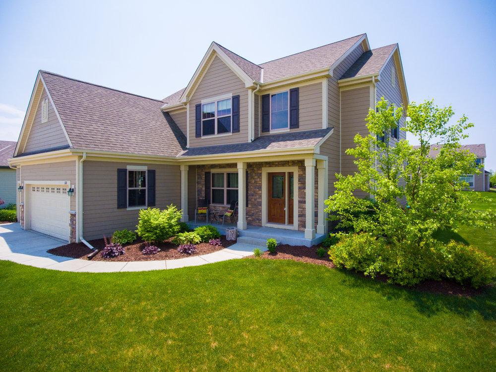 Front Porch 1600.jpg