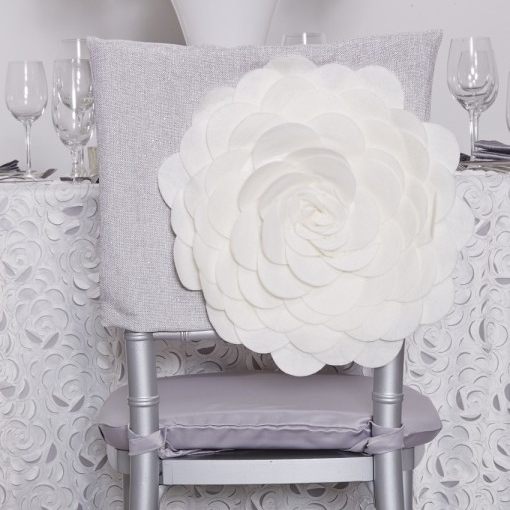 front_photo_fiori_luxury_chair_cover.jpg